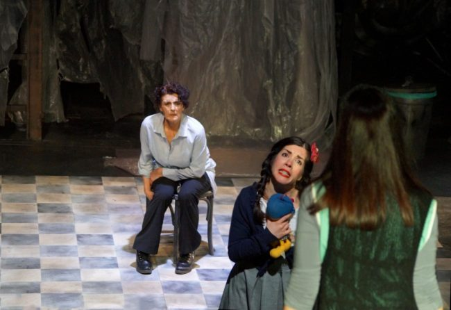 Βία και εξουσία στις ανθρώπινες σχέσεις: Το αίμα, στο Θέατρο Altera Pars